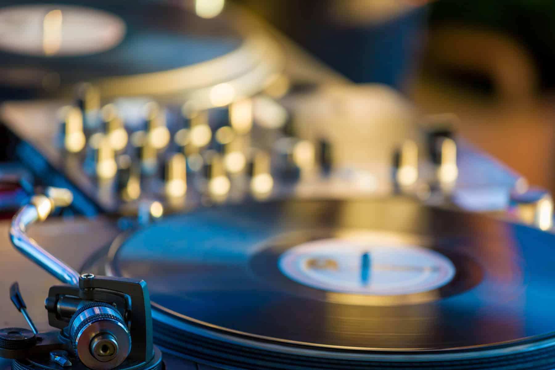 Selection Musicale sur Mesure, dj lyon, LHSD, LH sound design, Ludovic Hautevelle