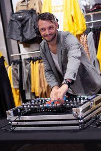 dj lyon, LHSD, LH sound design, Ludovic Hautevelle, identité sonore, cache cache, boutique vêtement, cache cache paris, soirée privée