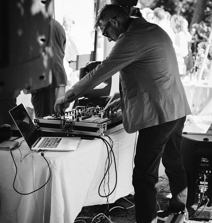 DJ Mix vin honneur